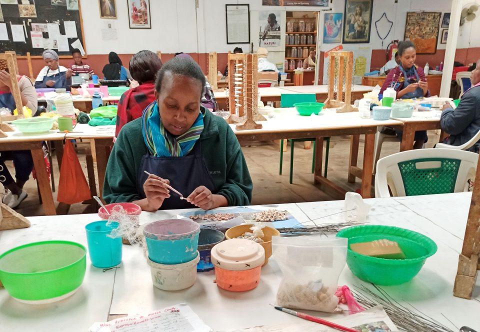 Komunitné centrum slobodných matiek Kazuri